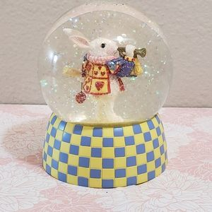 *Rare* Alice in Wonderland White Rabbit Snow Globe